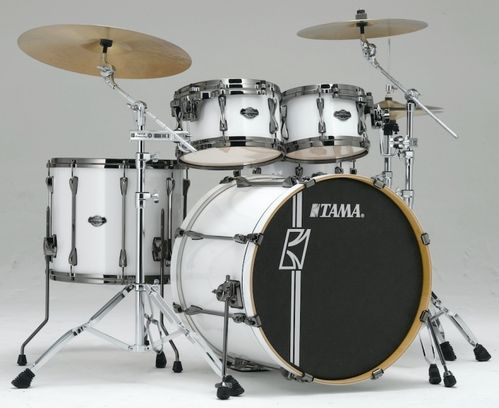 TAMA SUPERSTAR MAPLE HYPER DRIVE (shell pack 990,-)